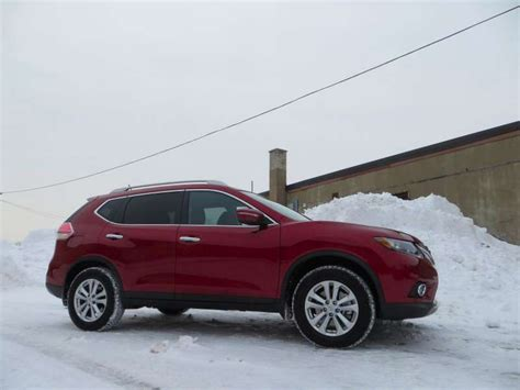 nissan crossover 2014 2014 nissan rogue crossover suv road test and review