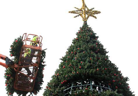 delray beach tree lighting 2017 delray postpones tree lighting until dec 10 sun sentinel