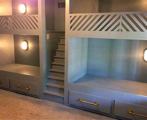 Built In Bunk Bed Designs 25 Best Ideas About Built In Bunks On Pinterest White Bunk Beds Bunk Bed Sets And Room