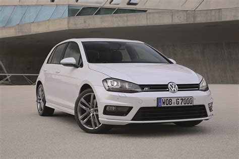 volkswagen introduces   accoutrements   golf