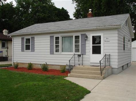 janesville homes for sale 514 oakhill ave realtor