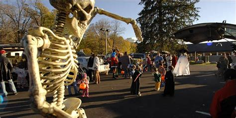 halloween tailgate themes trunk or treat halloween tailgating grows the new york