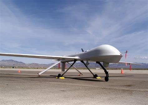 Home Planes Rq 1 Predator Medium Altitude Endurance Mae Uav