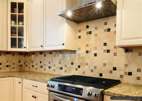 Backsplash Kitchen Glass Tile by Travertine Tile Backsplash Photos Amp Ideas