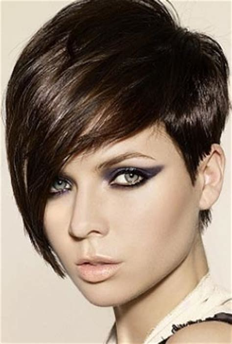 short precision haircut pictures kwazee v3e latest short hairstyle pic 2011