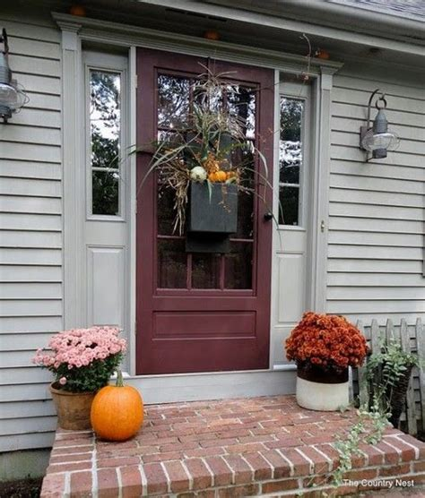 67 Cute And Inviting Fall Front Door D 233 Cor Ideas Digsdigs Front Door Decorating