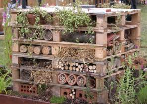 Build Your Own Room Divider - how to make an insect hotel garden furniture land