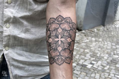 complex tattoos berlin based israeli artist chaim machlev makes