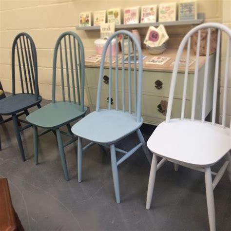 25 best ideas about chalk paint chairs on