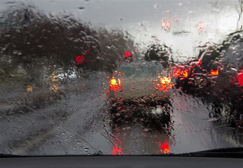 driving in conditions advice on driving in weather conditions the