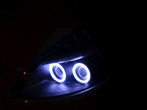 Lu Hid Mobil Ertiga hasil retrofit proyektor bixenon headl ertiga