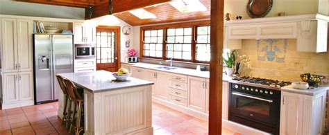 Provincial Kitchen Ideas by Provincial Kitchens Cdk
