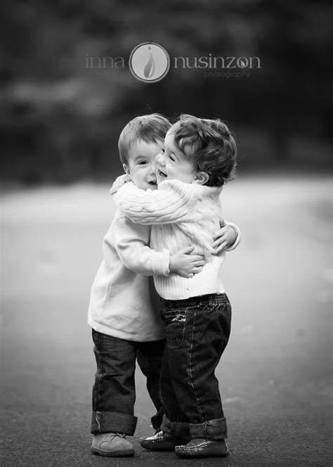 twin toddlers hugging | Toddler boy photography, Twin
