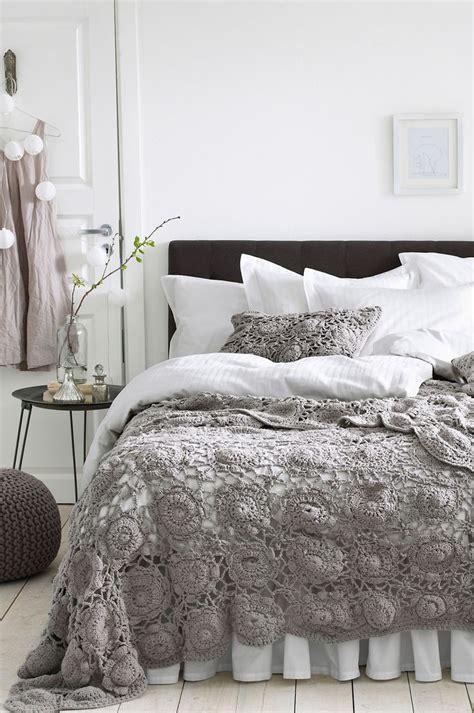 crochet comforter bedspread 25 best ideas about crochet bedspread pattern on
