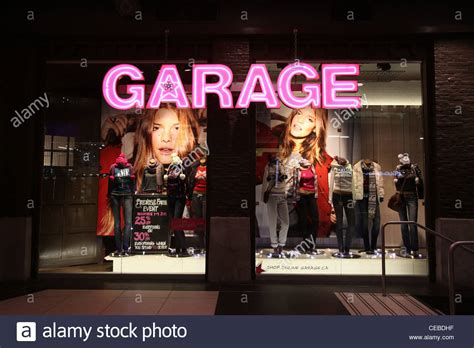 garage clothing department store in toronto eaton center