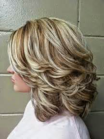 medium lentgh hair with highlights and low lights highlights and lowlights for medium hair