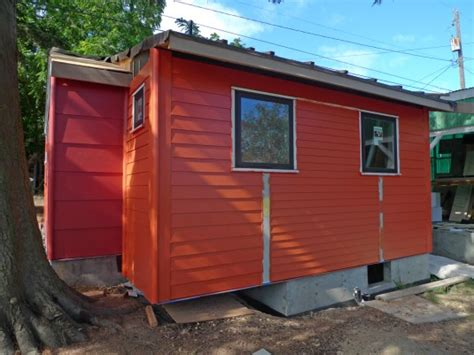 high tech granny pods allow elderly family members to backyard cottages elderly 2017 2018 best cars reviews