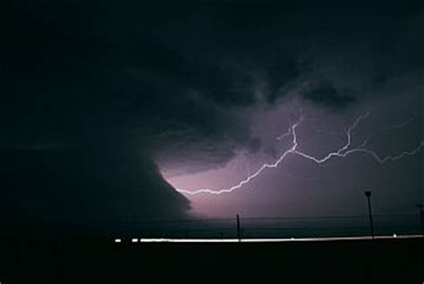 klipsi, paparazzo del cielo. tornado. lightning