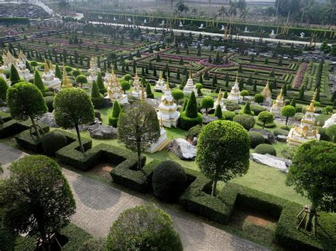 best garden in the world 10 of the most beautiful gardens around the world oyster com