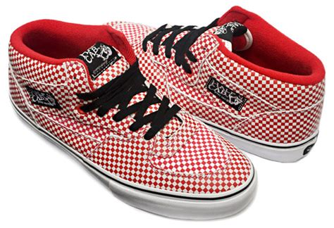 Sepatu Vans Sk8 Hi Persimoon Vans Skool Vans Oldschool Vans supreme x vans 2009 fall winter skool half cab hypebeast