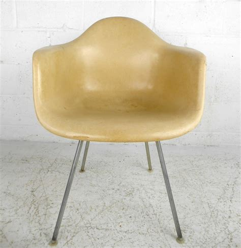 eames fiberglass chair markings mid century modern fiberglass shell chair by eames for