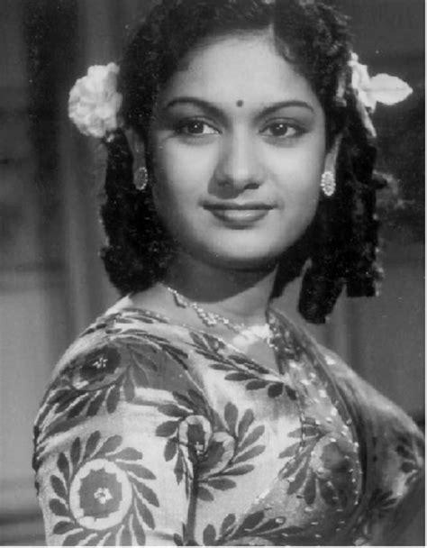 actress savitri best movies mahanati savitri photos 7 dear movie