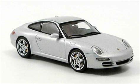 Diecast Miniatur Replika Mobil Porsche 911997 S Coupe porsche 997 gray autoart diecast model car 1 43