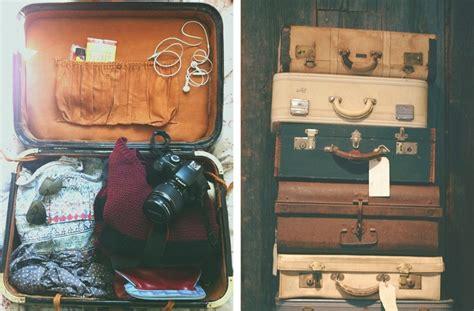 donne senza vestiti nel letto fare le valigie consigli e trucchi per la valigia perfetta