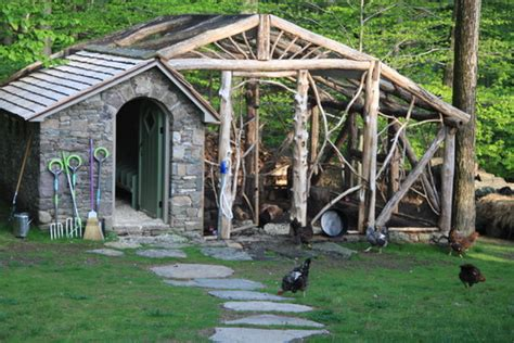 Amish Barn Star Uk 10 Chicken Coops That Will Make You Want To House Hens