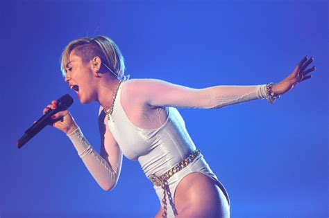 wrecking ball mp romentic songs miley cyrus wrecking ball mp3 download