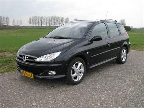 peugeot 206 sw peugeot 206 sw griffe 1 6 16v hdif 2005 autoweek nl
