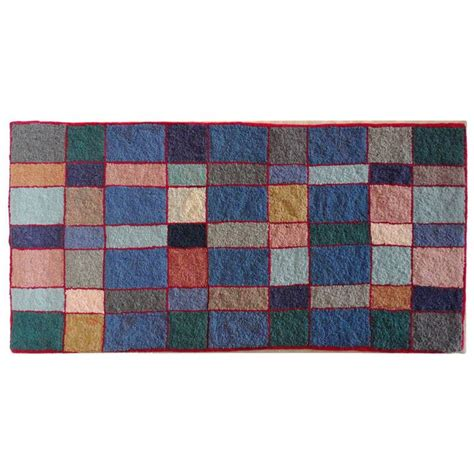 modern rug hooking patterns 1000 images about rug hooking geometrics on prince edward island hooked rugs