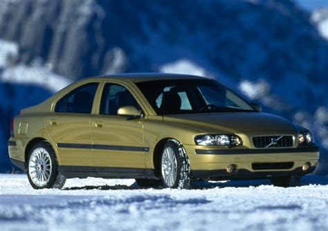 small engine maintenance and repair 2002 volvo s60 free book repair manuals 2002 volvo s60 specs pictures trims colors cars com