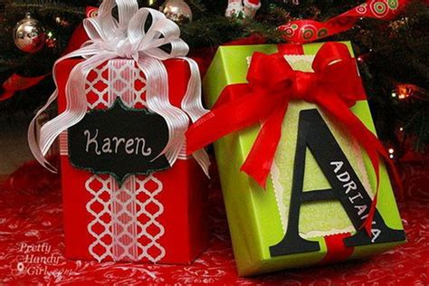 creative ways to wrap christmas gifts gifts dressed up for the holidays creative wrapping ideas stylish