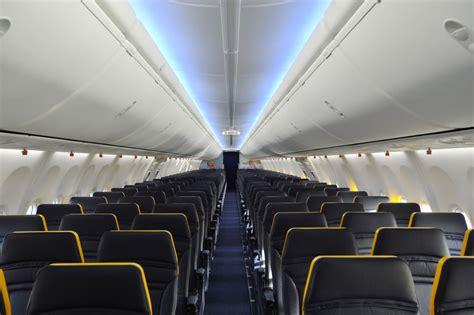 aerei ryanair interni what s flying europe s most hated airline ryanair like