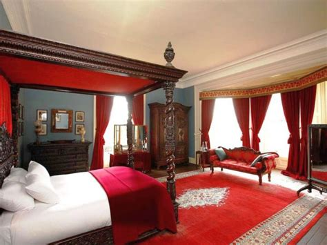 great black  red bedroom paint design ideas