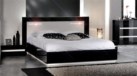 chambre a coucher blanc design chambre blanc laque design chaios com