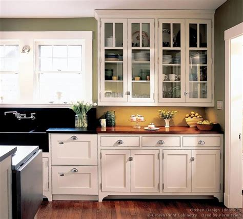 period kitchen cabinets 158 best glass cabinets images on pinterest kitchens