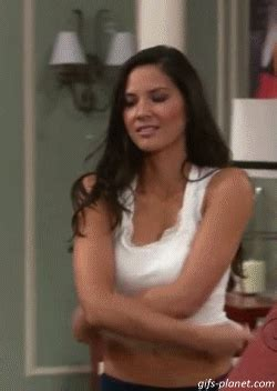 """guy's girl"" olivia munn rocks these animated gifs (25"