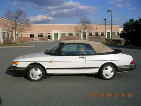 purchase used 1994 saab 900 turbo convertible 2 0l fwd 5 sp manual well maintained fun2drive in