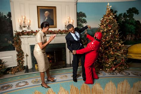 obama s christmas pictures freaking news