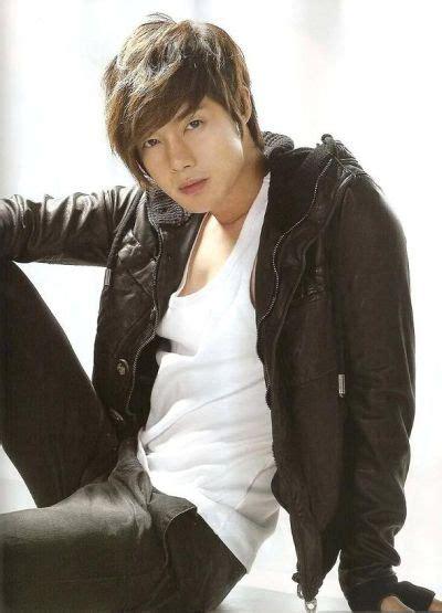 koleksi foto aktor keren korea kim hyun joong page