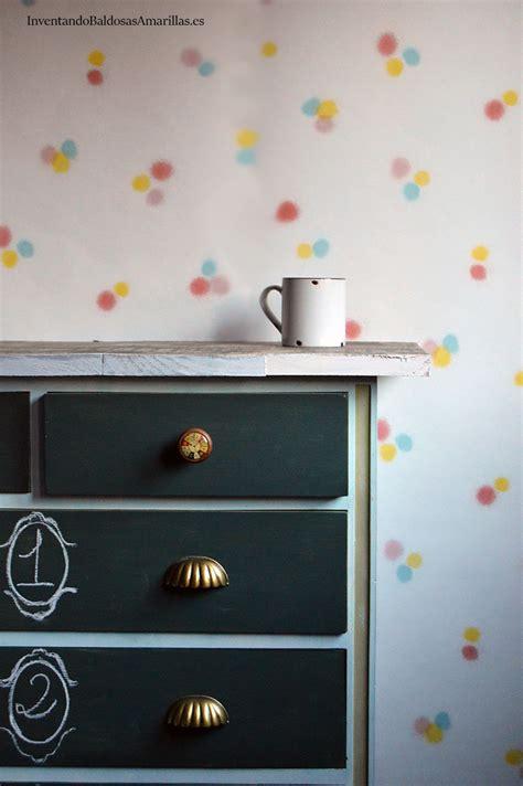 decorar un mueble como hacer un mueble decorado con pintura de pizarra