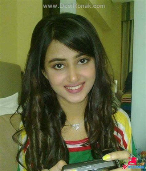 sajal ali without makeup hows she looking without sajal ali profile hot picture bio bra size hot starz