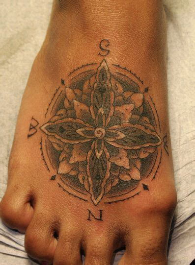 compass tattoo on ankle 27 best compass foot tattoo images on pinterest tattoo