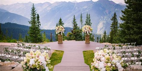 garden wedding venues south east 25 fall wedding venues best locations for fall weddings
