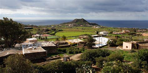 casa vacanze pantelleria il mulino di scauri affitto dammusi vacanza
