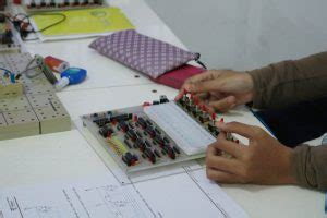 Timbangan Digital Purwokerto membangun rangkaian pencacah counter dan register