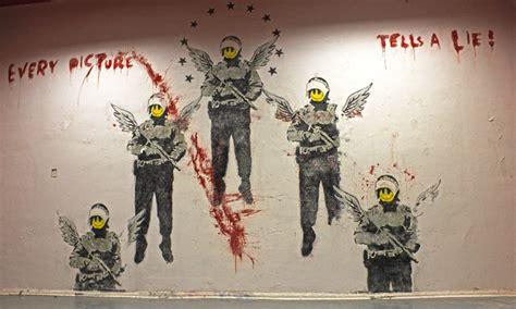 World Wall Mural street art berlin