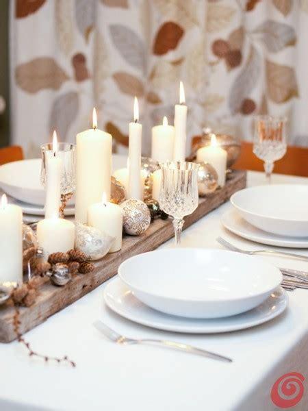 tavola natalizia e argento la tavola natalizia con gli addobbi vintage in bianco e